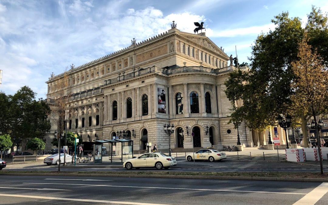 The general restaurant vibe in Frankfurt